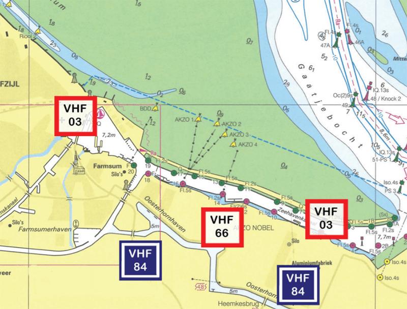Blokkanaal op de oever en in de kaart kan je het betreffende kanaal aflezen.