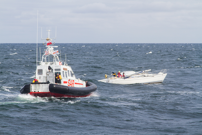 Mayday - Mayday - Mayday, het internationale noodsein. Reddingsboot in actie